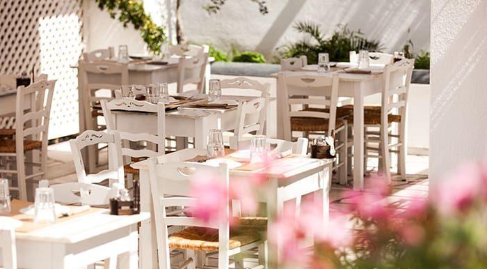 Santorini Restaurants, Oia Laokasti