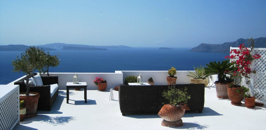 Oia Santorini Hotels