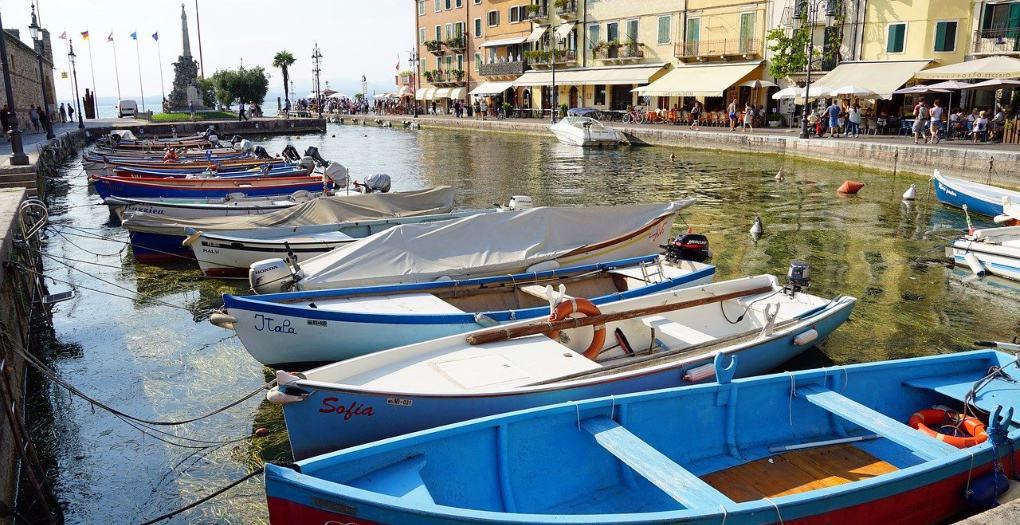 Lazise boats